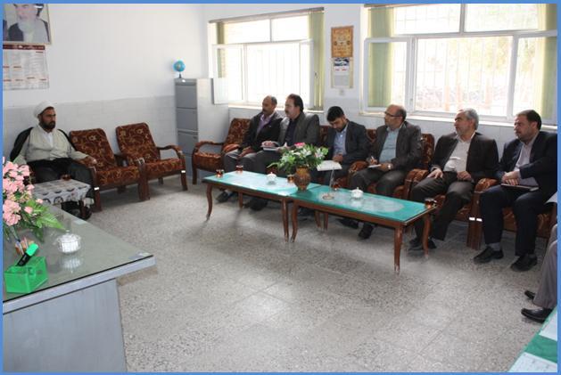 حفظ اوقاف گزارش تصویری از بازدید مدیر کل آموزش و پرورش استان یزد از ...