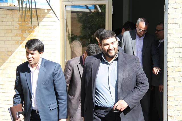 http://www.yazdfarda.com/media/news_gal/file_48578.jpeg